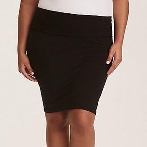 Torrid NWT Black Knit Fold Over Skirt